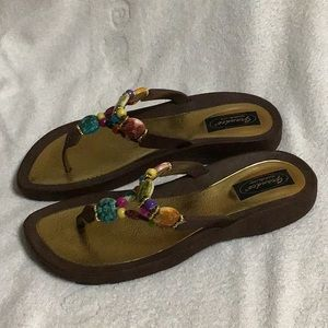 df1fd4da535b grandco Shoes - Grandco Sandals with beads